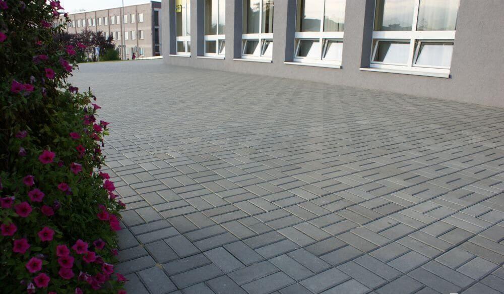 Вибропрессованная тротуарная плитка в Чехове